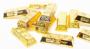「金投資」に注目が集まり金の価格が高騰