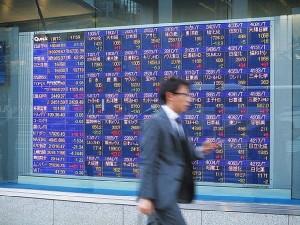 株価上昇局面ではシンプルな投資が力を発揮か