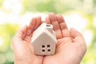 持ち家の場合、火災保険は家財にもかけておくのが基本