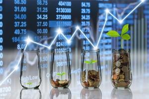 投資信託の積み立て投資の資金が増加傾向