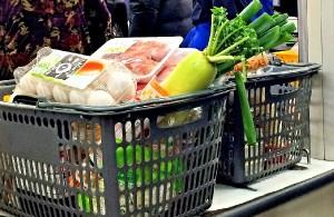 食料品だけで1回の買い物で1500円の差も