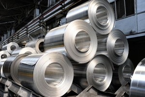中国の鉄鋼価格の上昇が続く(写真:アフロ)