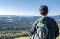 環境省は軽装での登山者にも注意を呼びかけている