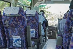 価格は1万円以下のものが多いのもバスツアーの魅力(イメージ)