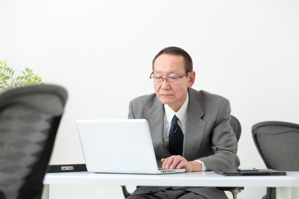 「70歳定年」まで働く時代がやって来る?(イメージ)