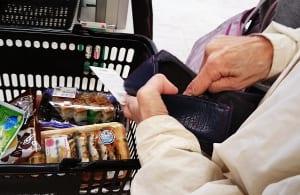 軽減税率導入後、割引券を使って買い物するとどうなるか?(イメージ)