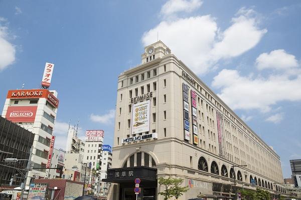 何とも威厳に溢れる東武浅草駅