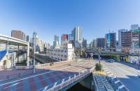 鉄道、道路、川が複雑に絡み合う飯田橋駅付近