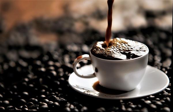 福袋の中身はコーヒー豆か、オリジナルグッズか(イメージ)