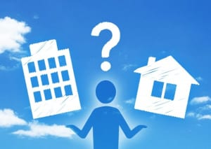 老後はマイホームに住み続けるか、賃貸に引っ越すか