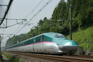 飛行機や列車をどう活用する?