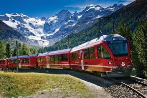 欧州には憧れの列車がいっぱい。スイスを走るレーティッシュ鉄道