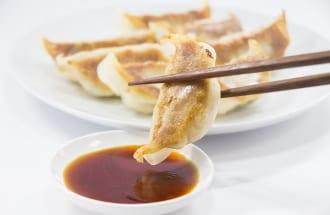 コスパがいい? 餃子定食(イメージ)