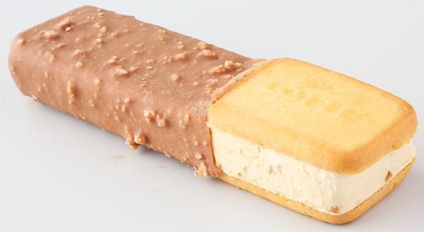 『ガーナチョコ&クッキーサンドローストミルク』