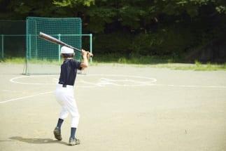 少年野球チームも様々な問題を抱えている(イメージ)