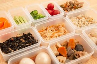 外食離れは自炊派の台頭の一因か