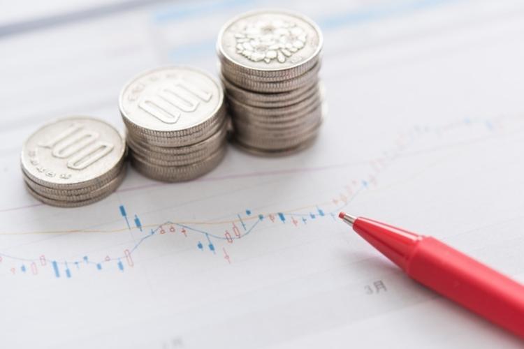 毎月分配型投信は、高齢者に人気の投資商品だが…