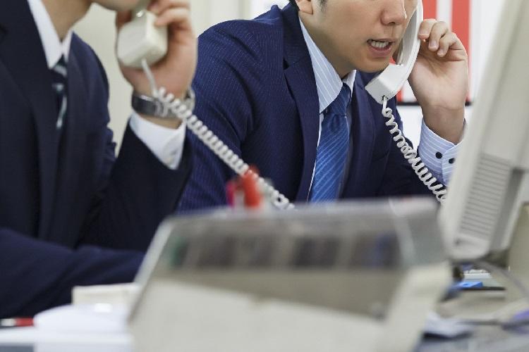 新人に営業電話をさせまくる意図は?(イメージ)