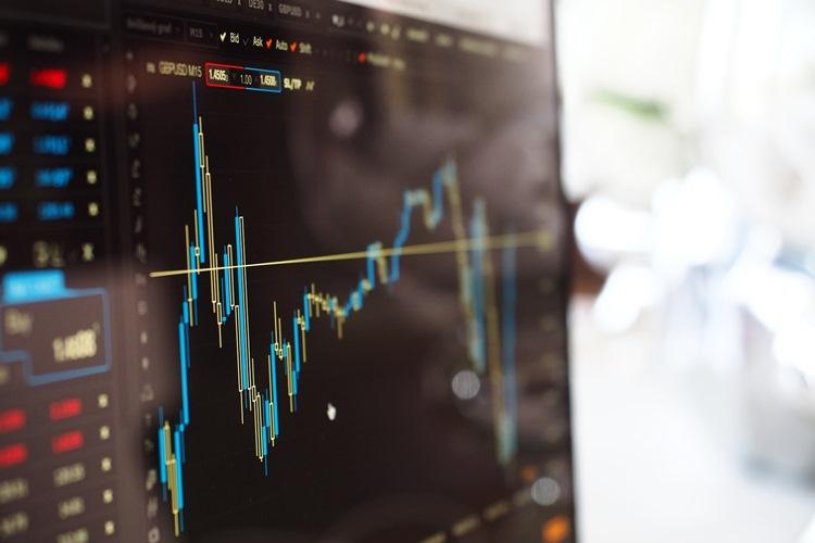 FX億トレーダーがクロス円を取引する際に気をつけることは?