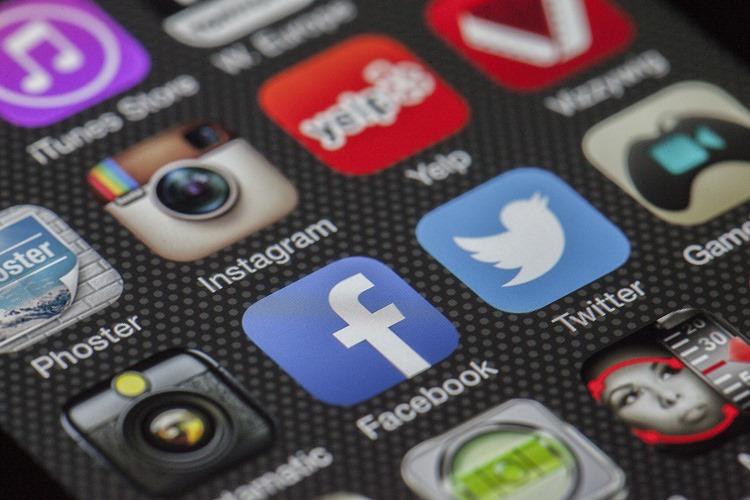 フェイスブックの仮想通貨「リブラ」がもたらす変革とは