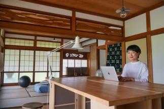 地元にUターンしプロダクトデザイナーとして活躍する川崎さん