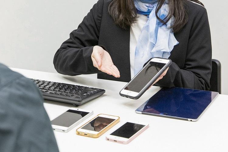 携帯ショップの実情とは(イメージ)