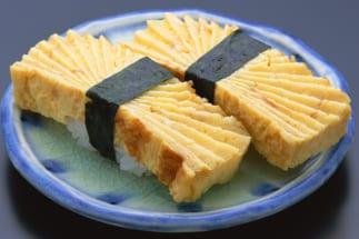 玉子など子供に人気の寿司の原価は?(写真:アフロ)