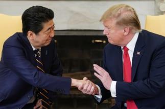 増税分はアメリカのご機嫌取りに(AFP/時事)