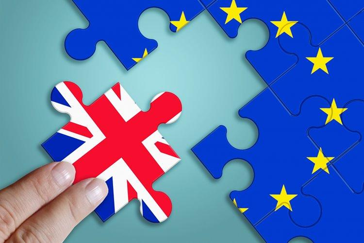 EU離脱問題に絡みポンド円が大変動