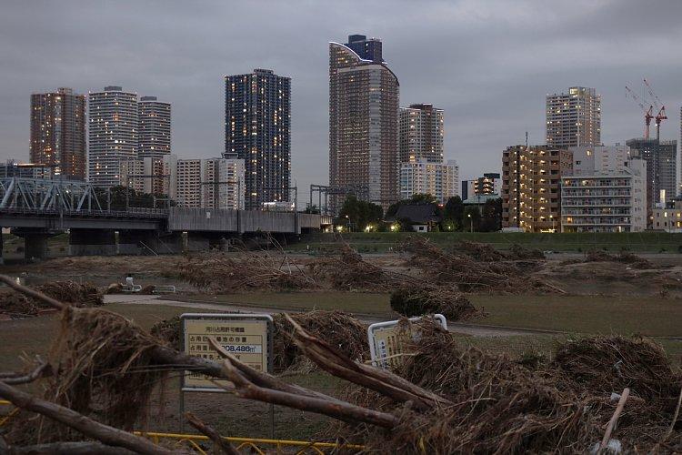 台風19号の影響で停電や冠水したマンションも(武蔵小杉)