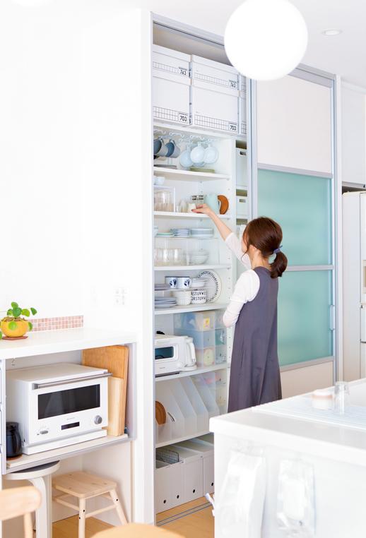 shiroiro.homeさんは「収納は白」を多めにして暮らしをシンプルに