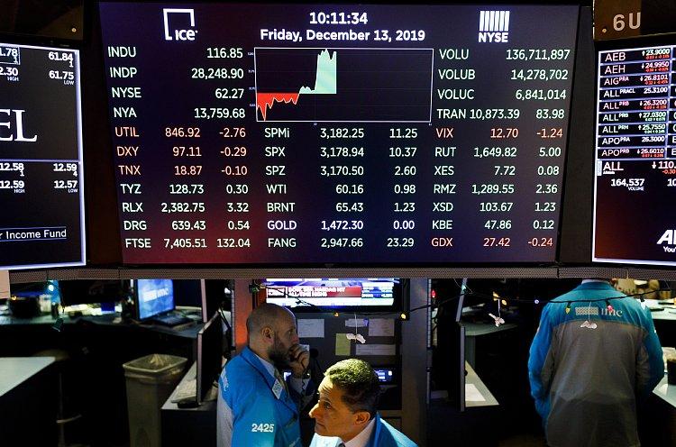 米国株が上昇を続けるメカニズムとは(ニューヨーク証券取引所。EPA=時事)
