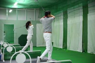 ゴルフ練習場の定額サービスの使い心地は?(イメージ)