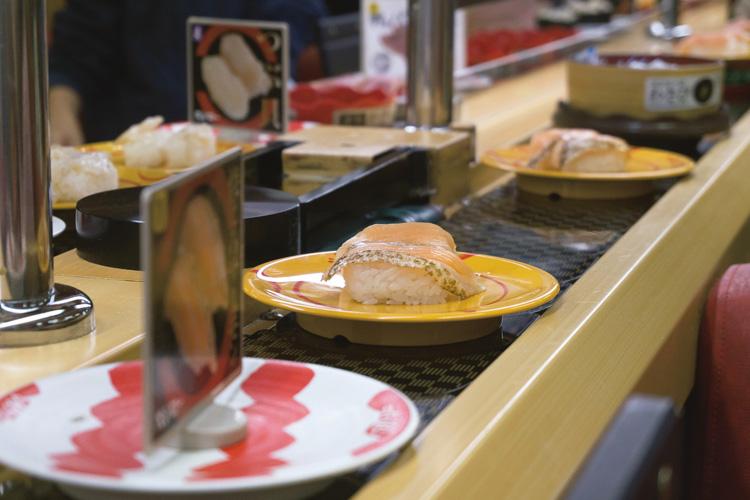 回転寿司店の原価のカラクリは?(イメージ)