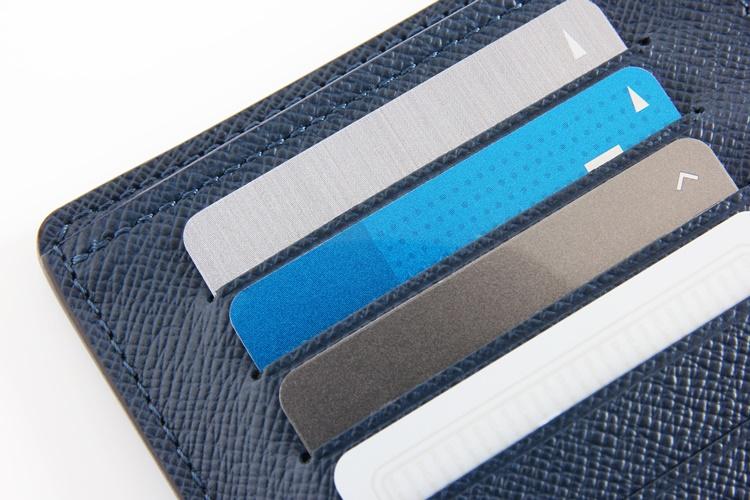 財布でかさばるカードにどう対応するか?(イメージ)