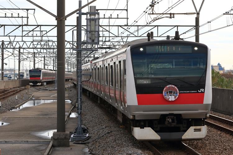 沿線人口も増加中の注目路線(JR京葉線)