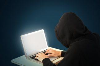ネットの安易な書き込みは訴訟リスクを伴う