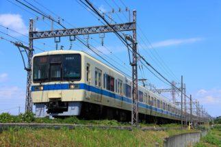 急行列車が止まらない駅のユーザーから嘆きも(小田急線)