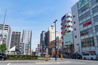 都内きっての庶民派タウンとして知られる新小岩の駅前