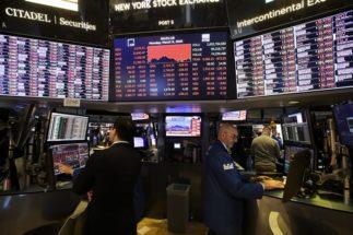 原油価格の歴史的急落が世界の株式市場に与える影響は?(3月9日、ニューヨーク証券取引所。写真:Avalon/時事通信フォト)