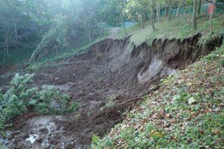土砂崩れで事故が起きた場合の責任は?(イメージ)