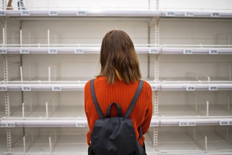 生活必需品のこれまでの慣習を見直す契機になる可能性も(イメージ。Getty Images)
