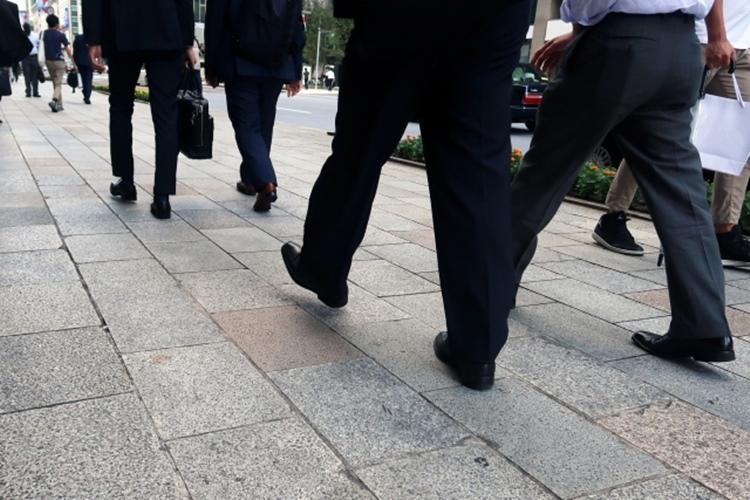 就職戦線は売り手市場から買い手市場に転換。人気を集める業界は…(イメージ)