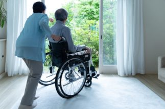在宅介護なら「3密」リスクも軽減できる(イメージ)