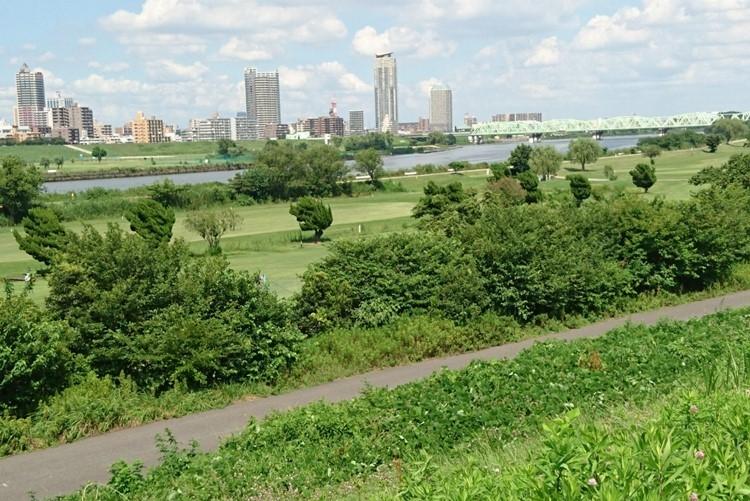 東京から荒川を越えて埼玉の川口も人気に