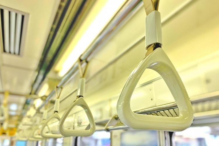 久々の出勤で通勤電車での振る舞いにも変化が