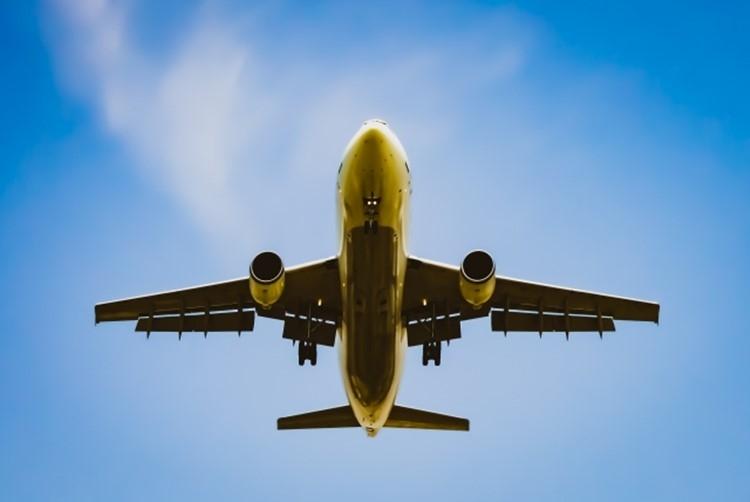 乗客数の制限で航空機運賃も値上げ必至か(イメージ)