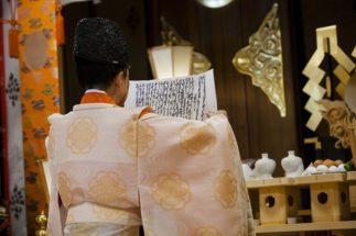人々の幸せを祈願する神社もまた、苦境に立たされている(イメージ)