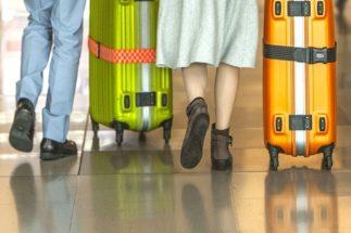 旅行中のコロナ対策はどうする?(イメージ)