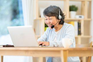 語学や趣味の講師も、スカイプを使えば世界中の人に教えられる(イメージ)